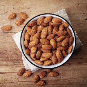The Diet Fixer: 1.5 Ounces Of Almonds